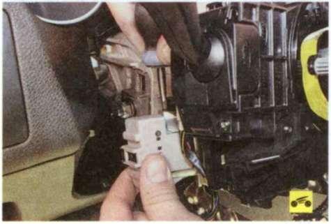 Замена замка зажигания форд фокус 2 своими руками