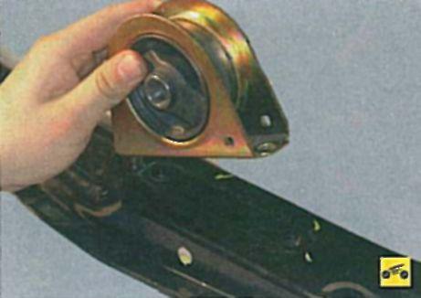 Замена задней опоры двигателя лансер 9 своими руками 68