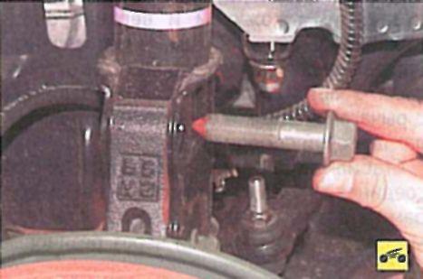Замена передних стоек лансер 9