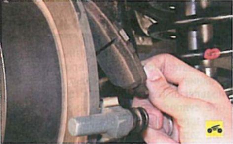 Тормозные механизмы задних колес - Мицубиси Лансер 9 (Mitsubishi Lancer)