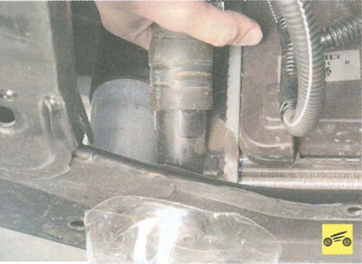 Замена охлаждающей жидкости в рено кенго