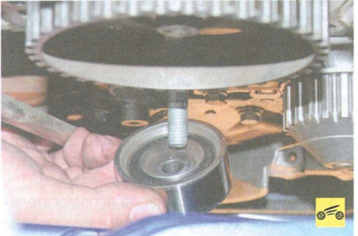 Замена ремня грм на сандеро 1.4 своими руками