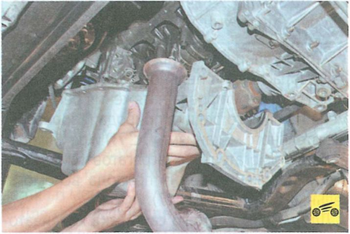 Ремонт и замена приемной трубы рено логан своими руками 30