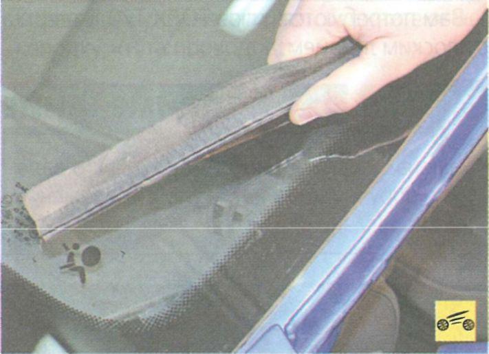 Как заменить лобовое стекло на рено логан своими руками